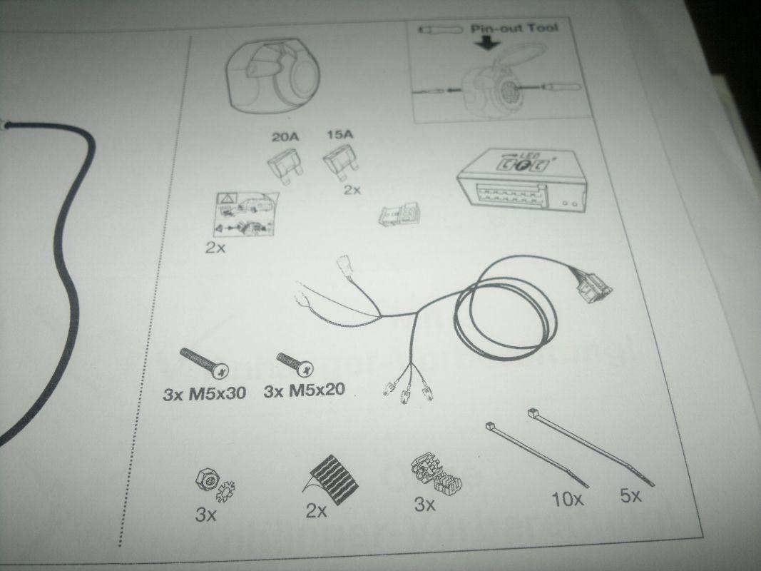 13 polige AHK vermisse Dauerplus Pin 9