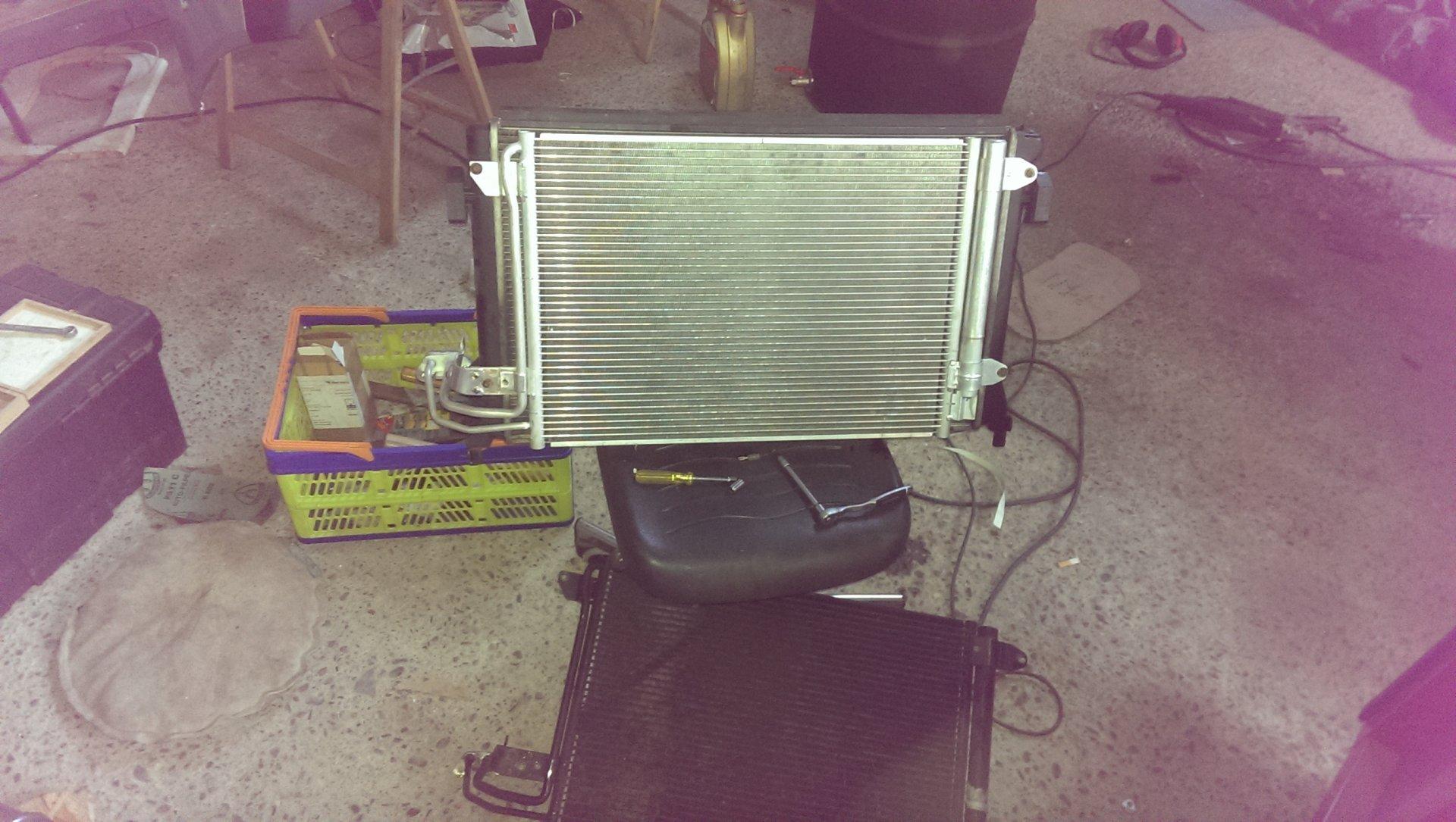 Klima kondensator ausbauen