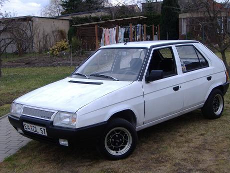 Mein Auto 002.jpg