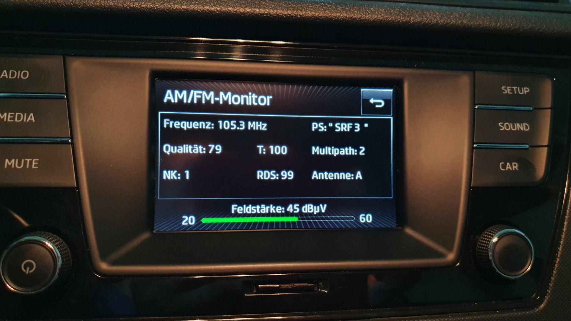 Skoda Fabia 3 - FM-Radio-Monitor.jpg