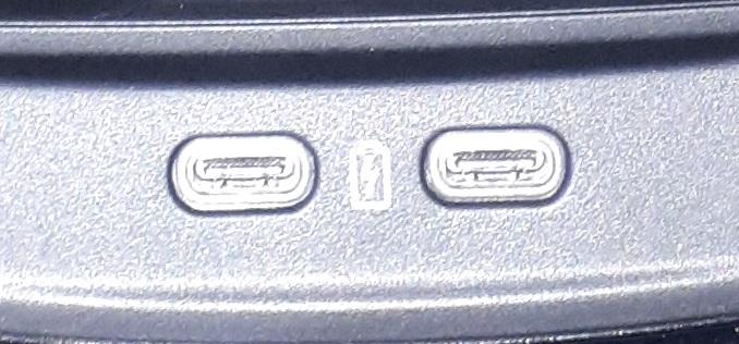 USB C (1).jpg