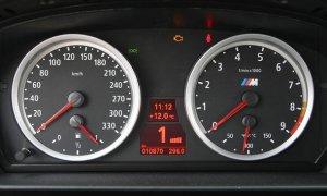 AZ8_10_BMW_m5_touring_007.jpg