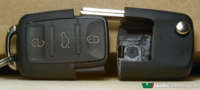 skoda fabia schl ssel batterie wechseln modifizierte. Black Bedroom Furniture Sets. Home Design Ideas